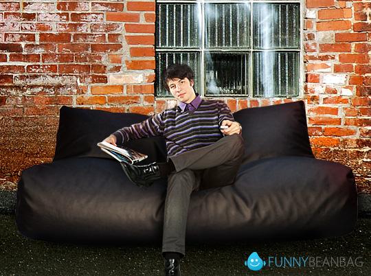 бескаркасное кресло диван