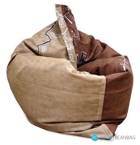 Кресло подушка с принтом.  Разнообразие цветов и динамичных акцентов.
